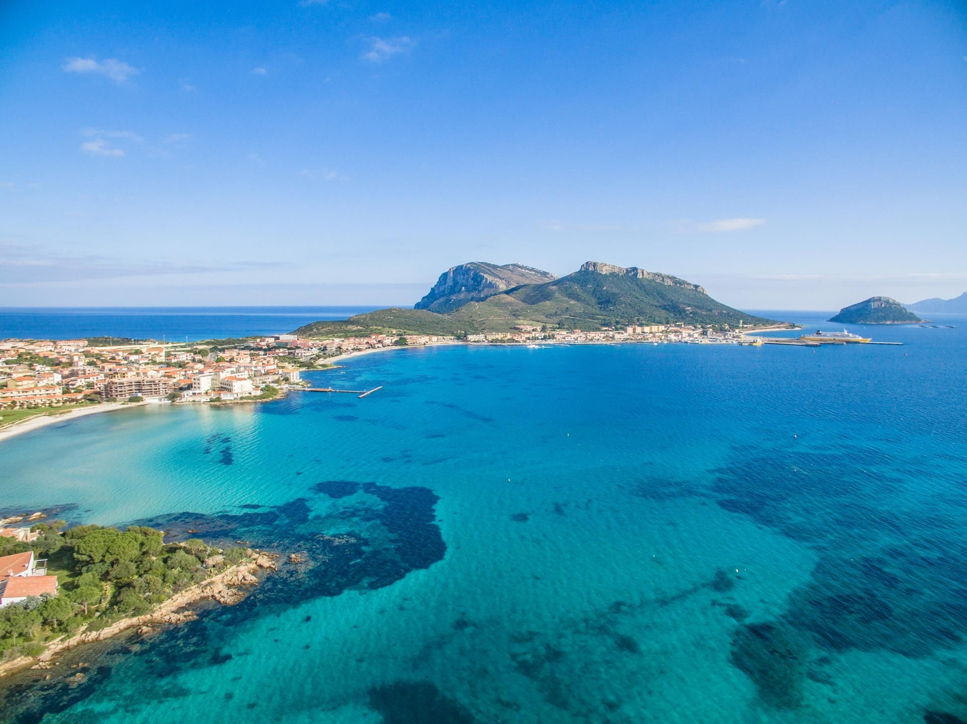 Golfo aranci sardinia properties for sale or rent for Golfo aranci sardegna
