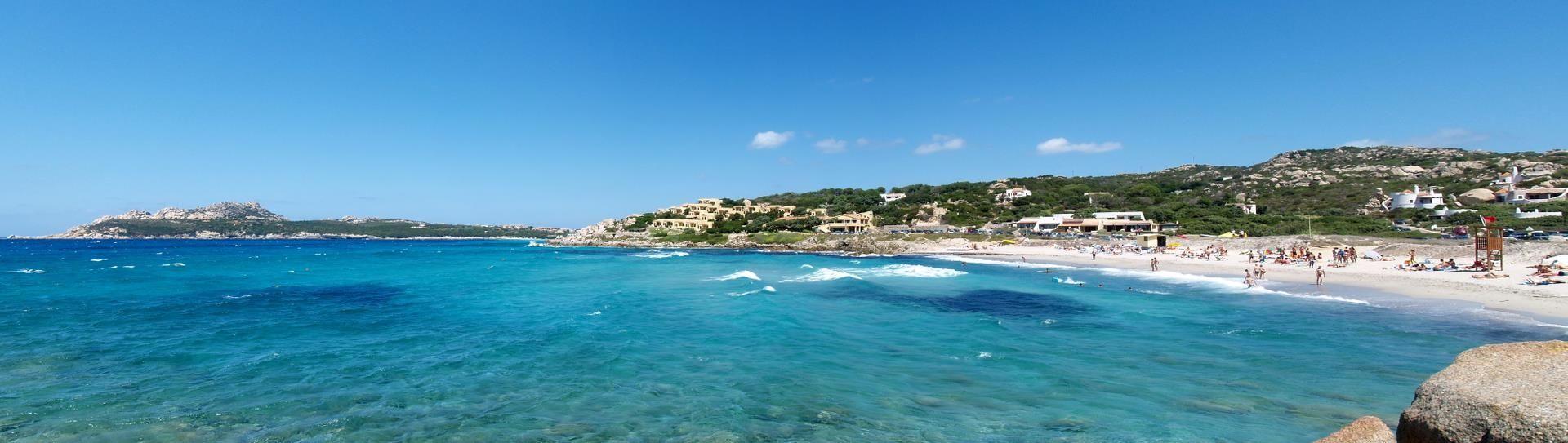 Baia Santa Reparata , Sardinia - Immobilien zum Verkauf oder zur Miete
